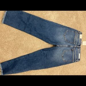 Size 9 Carly Jean cello jeans